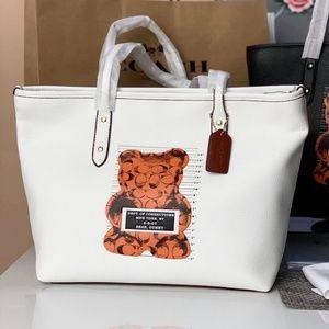 Coach City Zip Tote Purse Handbag Vandal White